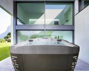 5 Reasons to Buy a Hot Tub